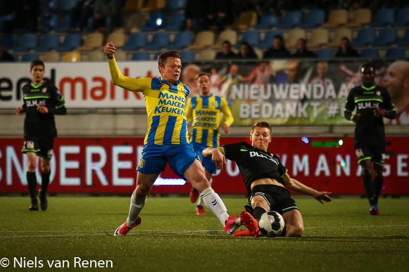 Borussia MG meldt zich voor Schuurs